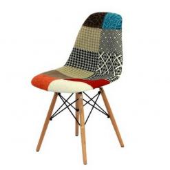 Cadeira pé de palito em madeira