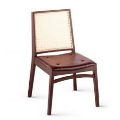 Cadeira de Madeira Com Fibra